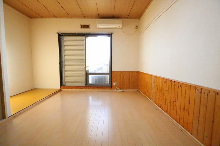 洋室スペース+で床の間があるので広く使えます